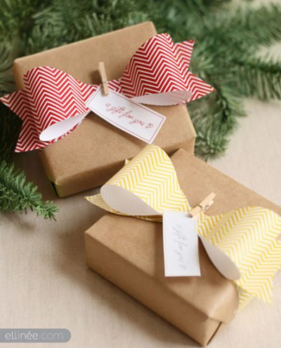 creative gift idea Bow Tie Bows with clothespins and tags