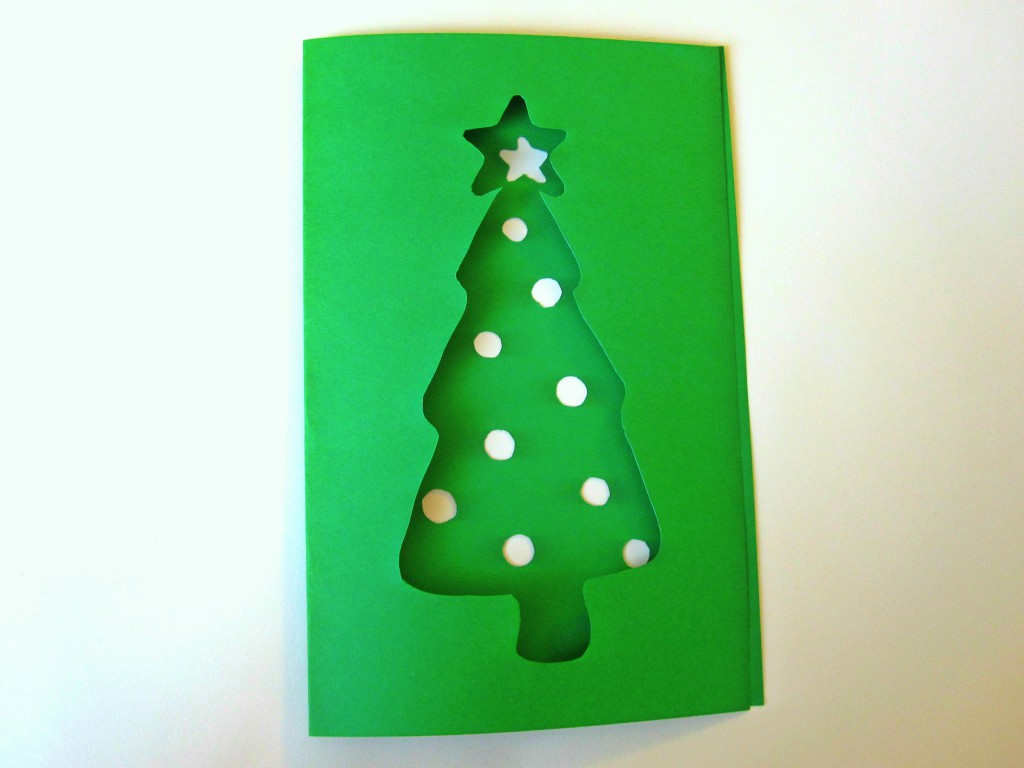 a simple diy christmas tree card from green cardstock