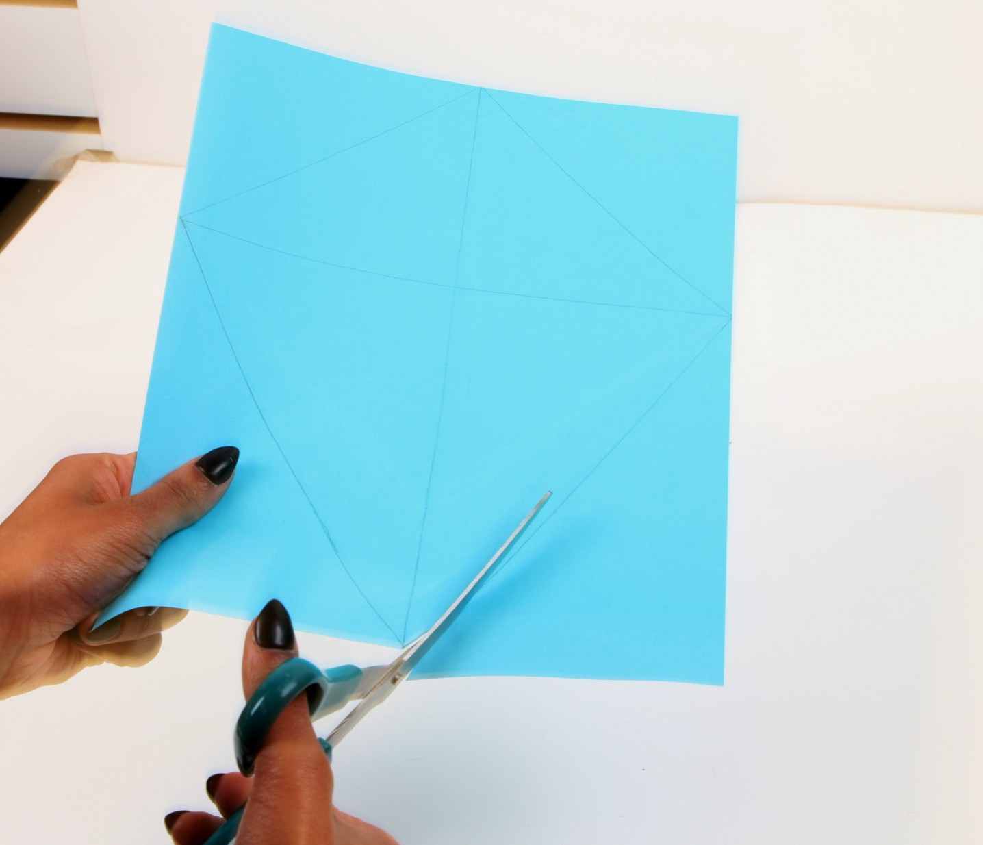 How to make a diamond from paper, the scheme (video, photo)