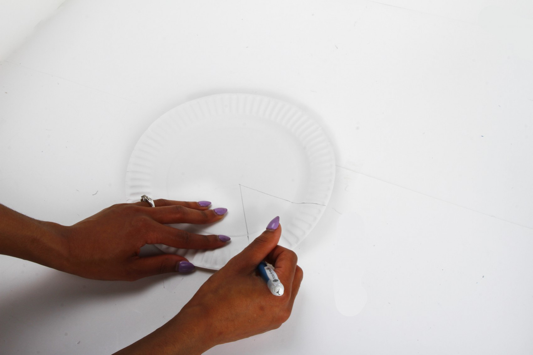 Drawing on paper plate