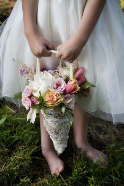 How to make a flower cone for your wedding jam blog flowers how to make a flower cone mightylinksfo