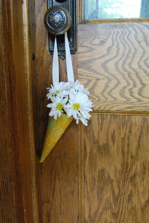 flowers, how to make a flower cone