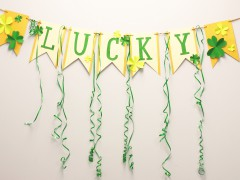 Decorate for St. Patrick's Day: DIY Paper Banner