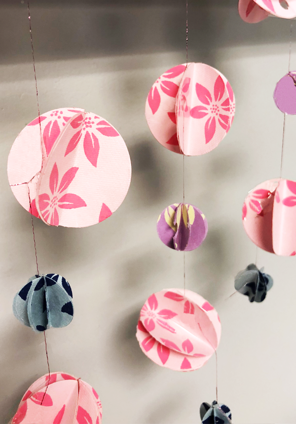 How to Make a 3D Paper Garland, chandelier, paper