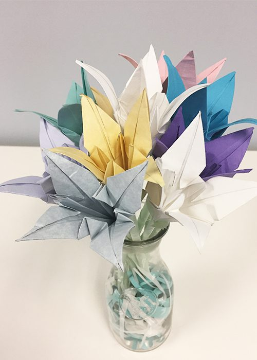 How To Make Paper Origami Easter Lilies, all lilies, vase, flowers, arranged, glass, paper shreds