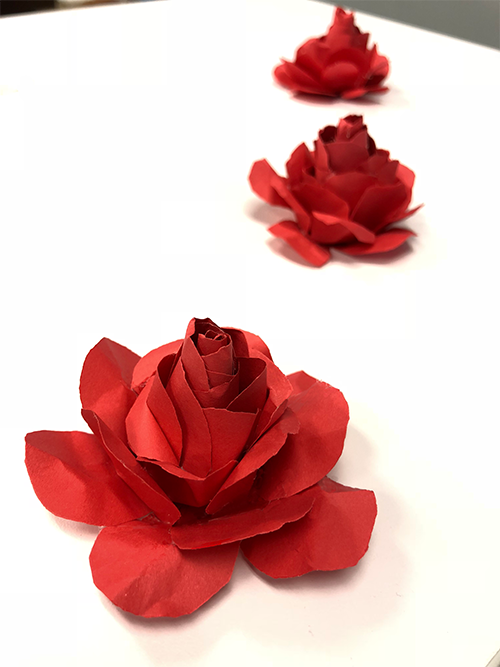 how to make paper roses, line of roses, paper crafting