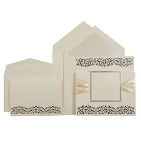 Ivory Ribbon Square Set